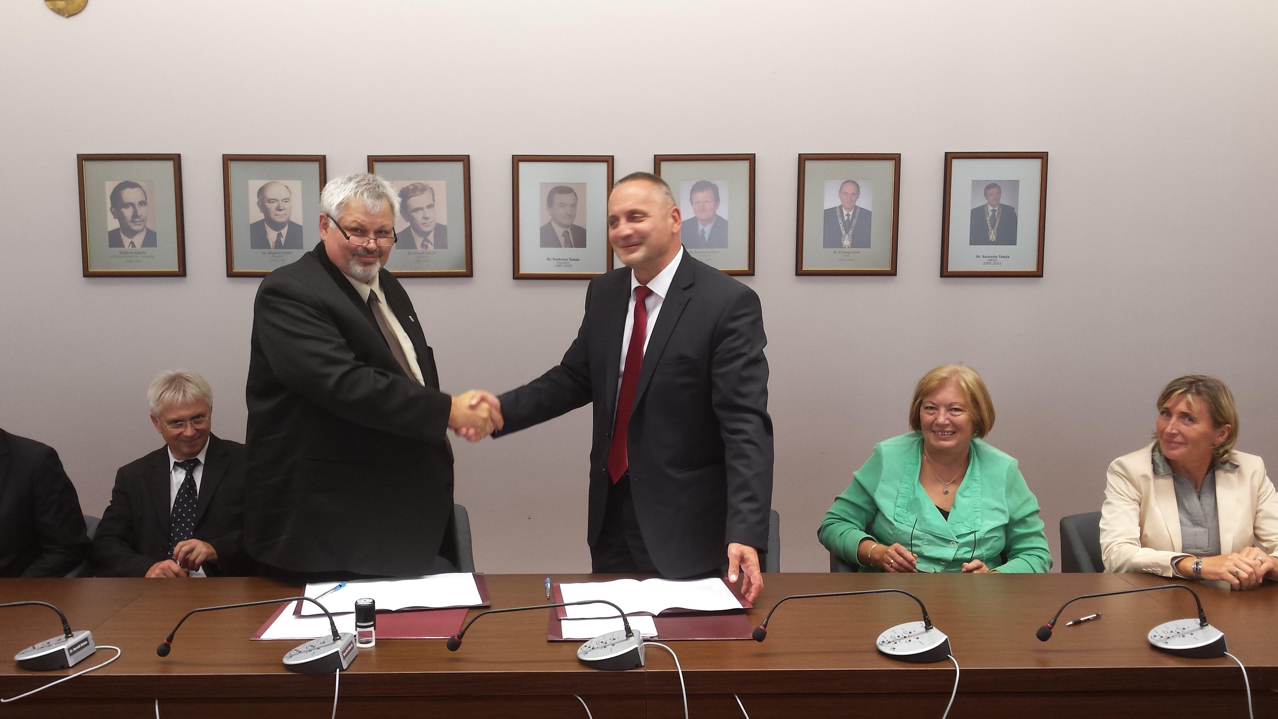 Együttműködési Megállapodás a SAPIENTIA Erdélyi Magyar Tudományegyetemmel